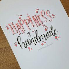 Nr 10/31 van de Januari #dutchlettering challenge van @dutchlettering . . #letteringbymiranda #moderncalligraphy #brushlettering #handlettering #handletteren #handwritten #handdrawn #modernlettering #blending #blendingcolors #letterart #micronpen #uniposca #tombowdualbrushpens #koibrushpen