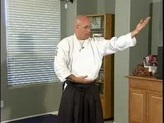 Aikido Techniques  Exercises : Sayu Undo. Pinning now watching later.