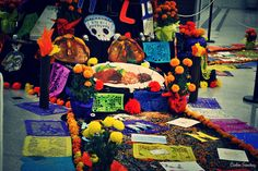 Un pequeño altar de día de muertos. | Flickr - Photo Sharing!