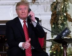 """On Christmas Eve, US President Donald Trump asked a seven-year old: """"Are you still a believer in Santa Claus? Native American History, American Civil War, British History, American Soldiers, Donald Trump, Christmas Eve Traditions, Trump Comments, Seven Years Old, Trump Wins"""