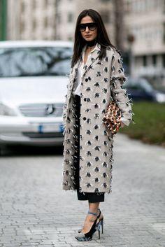 The Best Street Style Looks From Milan Fashion Week, Day 3 http://www.popsugar.com/fashion/Milan-Fashion-Week-Street-Style-Fall-2016-40319017?crlt.pid=camp.w5ZW0SkMFrX1