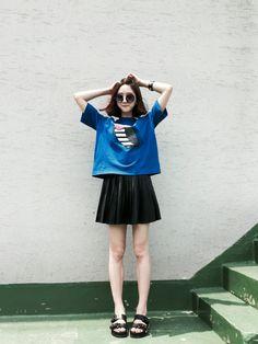 A Sneak Peak of Summer in Korean Through Korean street fashion with suecomma bonnie black sandals http://www.basicshoes.net/