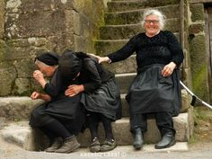Laughter:) ladyragnell: Risas e loito. Xacobe Casal Sistelo, Viana do Castelo (Portugal) via (amydruliner) Smile Face, Make You Smile, Young At Heart, Happy People, People Around The World, Belle Photo, Beautiful People, Beautiful Moments, Laughter