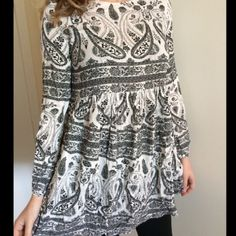 NWT relished pollack black and white katzzy dress NWT relished pollack  black and gray katzzy dress. 100% polyester and fits true to size! The model is wear a small! Sizes available: small, medium, large Relished Dresses Long Sleeve