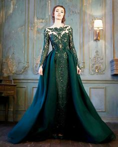 Green Wedding Dresses For Non-Traditional Bride ★ See more: .- Green Wedding Dresses For Non-Traditional Bride ★ See more: weddingdressesgui…. Green Wedding Dresses For Non-Traditional Bride ★ See more: weddingdressesgui…. Ball Dresses, Ball Gowns, Prom Dresses, Formal Dresses, Dress Prom, Trendy Dresses, Nice Dresses, Fashion Dresses, Robes Disney