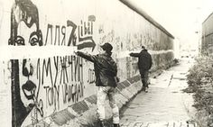 Painting A Line On The Berlin Wall … 1986