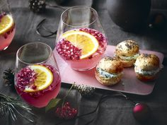 Granatapfel-Ingwer-Aperitif Cocktail Drinks, Cocktails, Grapefruit, Panna Cotta, Korn, Baking, Ethnic Recipes, Diy, Bachelorette Scavenger Hunt