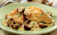 Easy Recipe for Yummy Lemon Chicken Scallopini! Find and share everyday cooking inspirations. Discover recipes, videos, and how-tos based on the food you love. Chicken White Wine Sauce, Creamy White Wine Sauce, Creamy Sauce, Pollo Al Champignon, Carne En Trocitos, Chicken Scallopini, Frango Chicken, Food Network Recipes, Cooking Recipes
