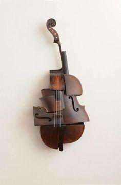 Elegant sculpture, from deconstruct instruments Wood Sculpture, Wall Sculptures, Violin Art, Cello, Georges Braque, Contemporary Sculpture, Deconstruction, Everyday Objects, Installation Art