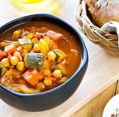Kichererbseneintopf mit Zucchini und Karotten Tags: