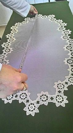 This Pin was discovered by Lal Crochet Edging Patterns, Crochet Borders, Crochet Designs, Table Accessories, Satin Flowers, Needle Lace, Bargello, Table Covers, Table Runners