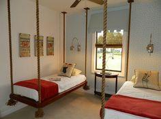 chambre enfant moderne avec lits suspendus