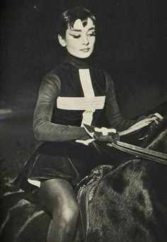 Audrey on the benefit premiere of the Ringling Bros. Barnum and Bailey Circus New York, March 30, 1954