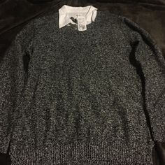 Black and White Sweater with collar! Super cute and comfy sweater from Forever 21 with a cute collar. Never worn and the tag is still on! Forever 21 Sweaters Crew & Scoop Necks