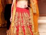 Jacqueline Fernandez, Aditi Rao Hydari make the perfect bride at the Aamby Valley Indian Bridal Fashion Week 2013! – Bollywood News & Gossip...