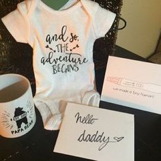 40 Trendy Baby Reveal Ideas For Husband Father Baby On The Way, Baby Kind, Baby Love, Baby Baby, Pregnancy Announcement To Husband, Husband Pregnancy Reveal, Pregnancy Info, Baby Surprise Announcement, Personalized Fathers Day Gifts