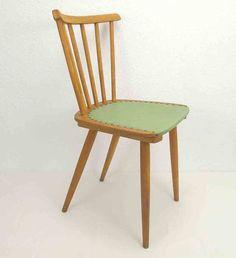 alter Sprossenstuhl Küchenstuhl Holzstuhl grün von Schlüter Kunst und Design - Stühle, Kommoden, Regale, Modeschmuck auf DaWanda.com