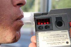 Empresa canadense desenvolve primeiro bafômetro que detecta maconha +http://brml.co/1GqJ0ED