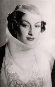 الأميرة لطفية عثمان اوغلو ..!!