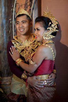 beautiful cambodian women