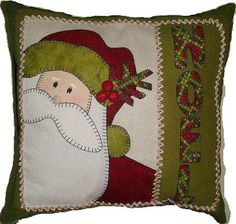 Sewing Crafts For Christmas Quilt Blocks Super Ideas Christmas Cushions, Christmas Pillow, Felt Christmas, Christmas Applique, Christmas Sewing, Christmas Projects, Christmas Crafts, Diy Pillows, Pillow Ideas