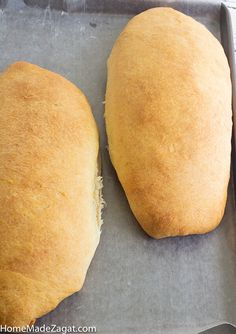 A simple popular Caribbean butter bread loaf recipe where the bread is rolled up with butter. Perfect to eat alone or create the perfect sandwich. Loaf Recipes, Easy Bread Recipes, Baking Recipes, Dessert Recipes, Hops Bread Recipe, Coconut Bread Recipe, Caribbean Food, Caribbean Recipes, Caribbean Butter Bread Recipe