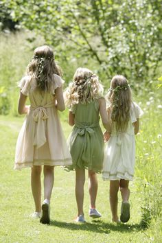 http://www.ilovegorgeous.co.uk/index.php/flower-girls-1/flower-girl-dresses.html