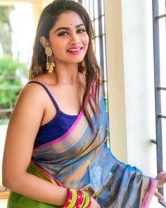 Beautiful Girl Photo, Beautiful Girl Indian, Most Beautiful Indian Actress, Beautiful Saree, Beautiful Women, Glam Photoshoot, Saree Photoshoot, Bollywood Actress Hot Photos, Actress Photos