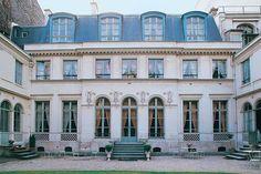 La cour de l'hôtel de Bourrienne, Paris 10e