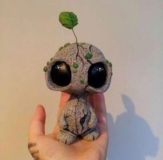 3 LauraEAbbott Community Post 12 Artists Whos Sculptures You Will Fall In Love With Polymer Clay Kunst, Polymer Clay Crafts, Polymer Clay Creations, Diy Clay, Felt Crafts, Art Jouet, Clay Monsters, Sculpture Clay, Ceramic Sculptures