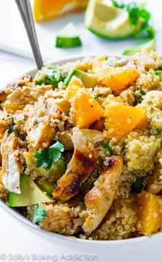 Citrus Chicken Quinoa Salad - easy, flavorful, healthy, and protein-packed! [Sally's Baking Addiction] ( maybe without the oranges and avocado, and with lettuce) Real Food Recipes, Chicken Recipes, Cooking Recipes, Healthy Recipes, Savoury Recipes, Healthy Salads, Chicken Quinoa Salad, Orange Quinoa Salad, Healthy Chicken