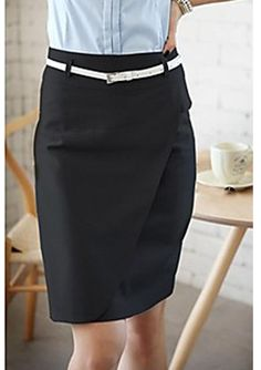 Cotton stretch pencil skirt with asymetric panel in the front and central back vent.