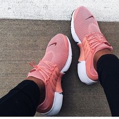 """""""NIKE""""Air Presto Women Fashion Running Sport Casual Shoes Sneakers (Pink-small w… """"NIKE"""" Air Presto Damenmode Running Sport Freizeitschuhe Sneakers (Pink-kleiner weinroter Haken) Running Sneakers, Shoes Sneakers, Shoes Heels, Roshe Shoes, Sneakers Fashion, Shoes Pic, Running Shoes Nike, Shoes Style, Fashion Shoes"""