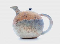 475px-356px-teapot-with-birdprints-Susie-Jemkins.jpg