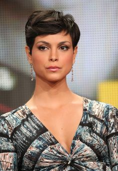 Morena Baccarin Photos Photos - 2011 Summer TCA Tour - Day 9 - Zimbio - October 05 2019 at Short Pixie Haircuts, Pixie Hairstyles, Short Hairstyles For Women, Celebrity Hairstyles, Short Hair Cuts, Short Hair Styles, Pixie Cut Wavy Hair, Morena Baccarin, Beautiful Actresses