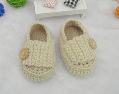 Good Quality Khaki Handmade Crocheted Baby Boy Shoes Infant Shoes for 0-12Month Babies