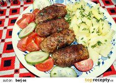 Kebaby z mletého masa na grilu recept - TopRecepty.cz Pot Roast, Hamburger, Sausage, Beef, Ethnic Recipes, Food, Carne Asada, Meat, Roast Beef