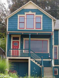 New House Architecture Exterior Window Ideas House Paint Exterior, Exterior Paint Colors, Exterior House Colors, Exterior Design, Cottage Exterior, Teal House, Red Houses, Colorful Houses, Small Houses