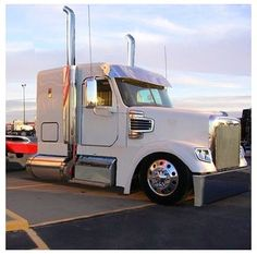 Freightliner Fld120 Show Truck >> 1000+ images about freightliner on Pinterest | Tire pressure monitoring system, Semi trucks and ...