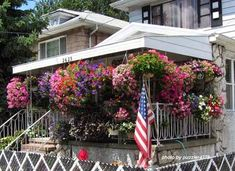 hanging+baskets+on+a+front+porch