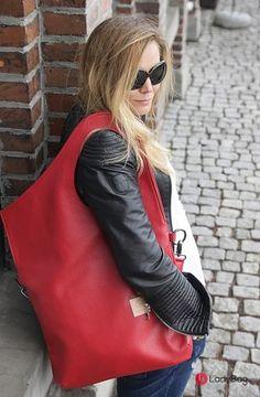 Lady Queen in Love Eko Red