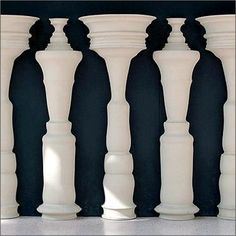 Positive And Negative Space - Lessons - Tes Teach Illusion Kunst, Illusion Art, Illusion Pics, Illusion Paintings, Positive And Negative, Negative Space, Positive Images, Graphisches Design, Principles Of Design