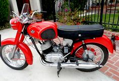 1972 Pannonia P20 (Hungry) 250cc Twin Cylinder 2-Stroke Engine Native Brand, Old Motorcycles, Honda, Fast Cars, Motorbikes, Harley Davidson, Bicycle, Vehicles, Biker