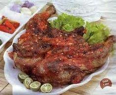 Hii....bagaimana persiapan masakan untuk lebaran ? ,pasti yaa sudah siap dengan masakan tradisi.. ketupat ..,opor...,sayur sambal goreng ,se...