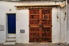 Tür in der Alstadt von Ibiza Door in the old part of Ibiza