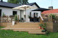 Recycled Wood Pergola - Terrasse Store Pergola - Vertical Wood Pergola - Second Floor Terrace