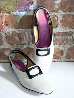It's a Mod Mod Mod Mod Shoe, New Old Stock from the Swinging 60s!
