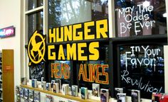 Hunger Games Window Display & some other awesome book displays