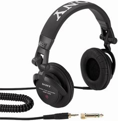Sony MDR-V500DJ Monitor Series Headphones with Swivel Earcups (Discontinued by Manufacturer) Sony http://www.amazon.com/dp/B00001W0DG/ref=cm_sw_r_pi_dp_TOVRub0X6HK5H