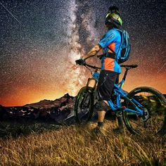 - Credot: Even if ur life suck some time. Just look at the stars its a mirror of you - Downhill Bike, Mtb Bike, Cycling Bikes, Bmx Bicycle, Bicycle Wheel, Mountain Biking Quotes, Mountain Biking Women, Radical Sports, Cycle Pic